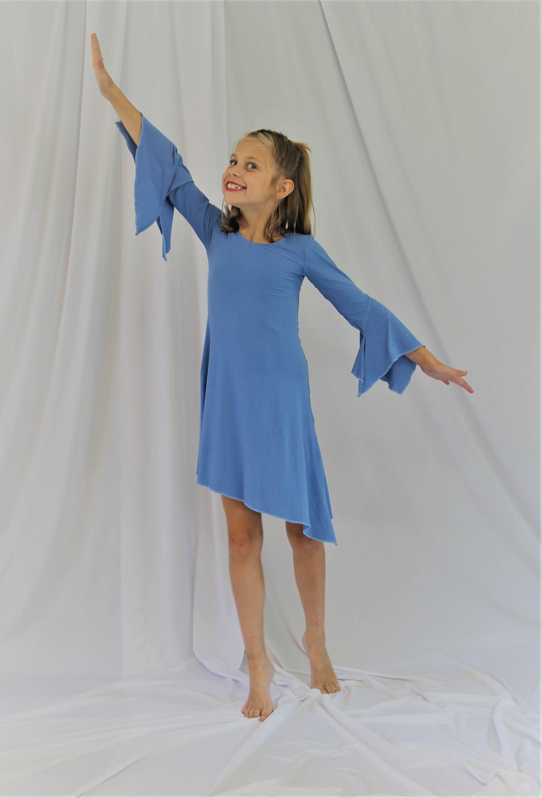 modern jurkje kids blauw kostuum